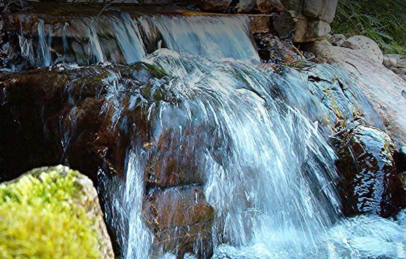 img-pondlesswaterfall
